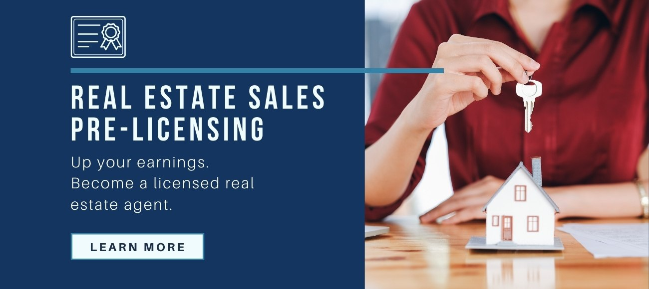 Real Estate sales class banner graphic with a woman holding a house key. Become a licensed real estate agent - Learn More